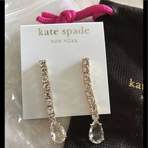 NWT Kate Spade drop earrings.